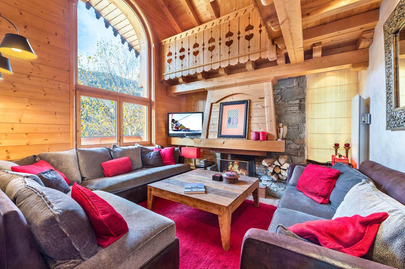 vacation villa rentals Altain
