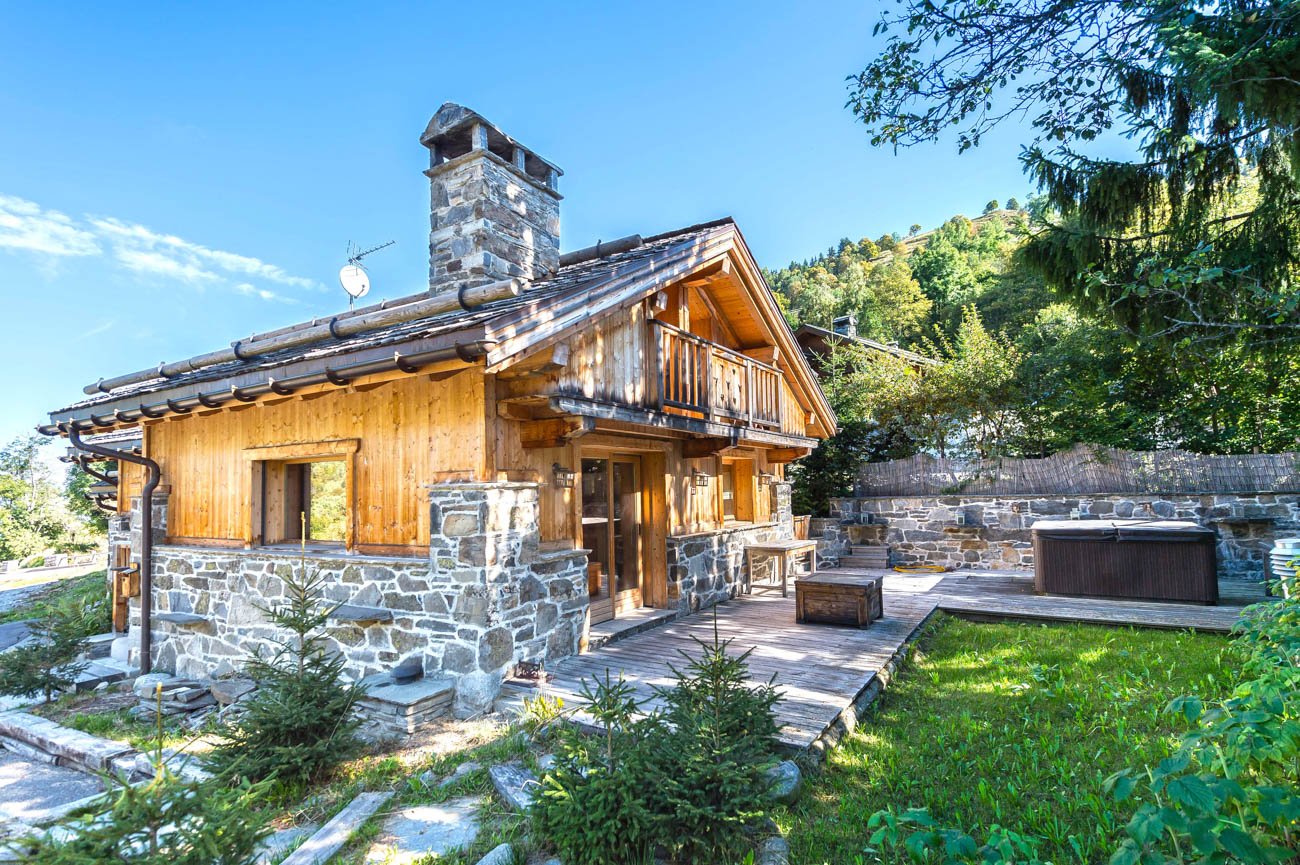 rent chalet by the week Amira