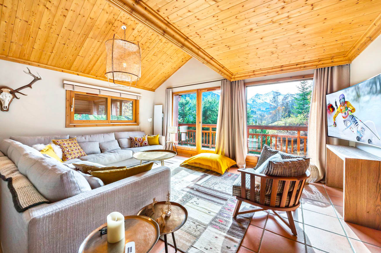 Best luxury catered ski chalets to rent Amy