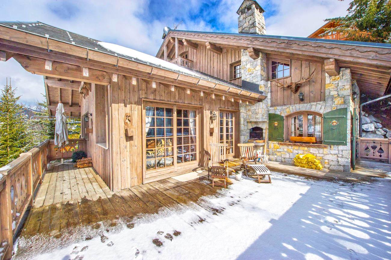 luxury villa rental Anouk