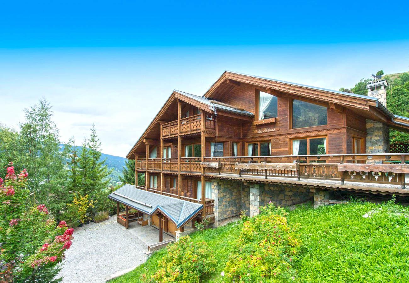 Luxury Ski Solaris