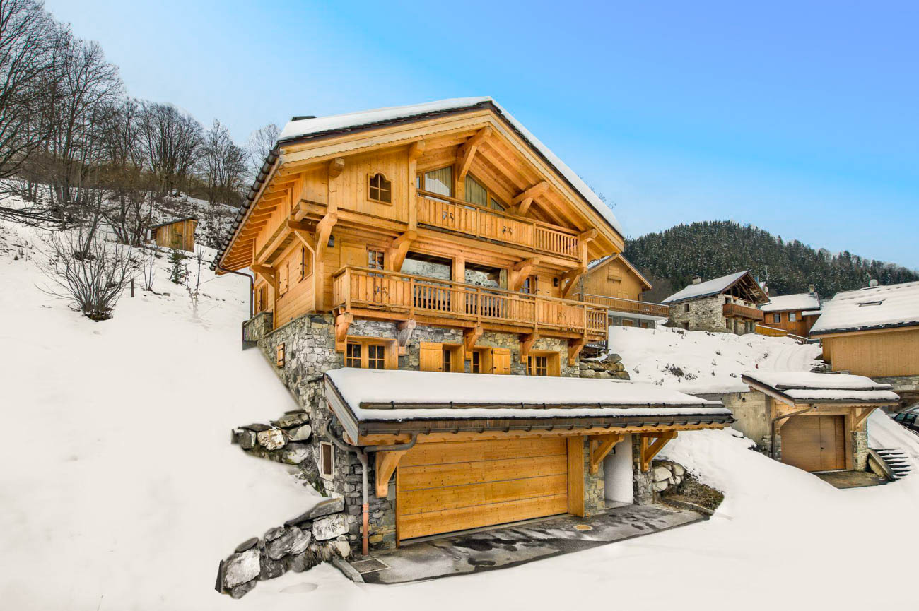 Luxury Catered Ski Chalet Valbert